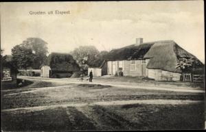 Ak Elspeet Gelderland, Ortsansicht, Haus mit Reetdach