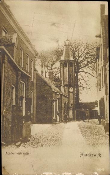 Ak Harderwijk Gelderland, Academiestraatje, Kirche 0