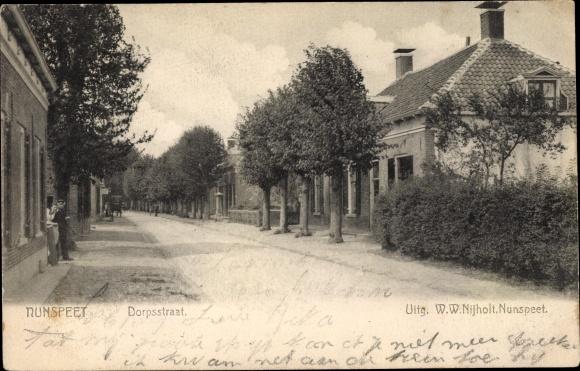 Ak Nunspeet Gelderland, Dorpsstraat 0