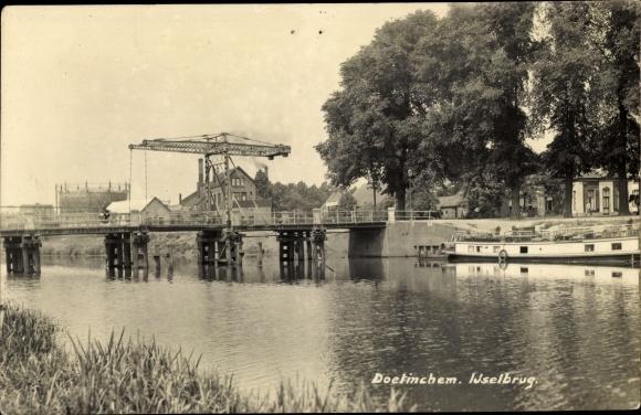 Ak Doetinchem Gelderland, Ijselbrug, Klappbrücke 0