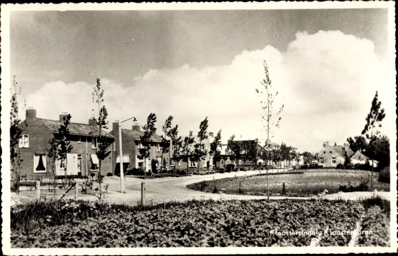 Ak Kloostersingel Kloosterburen Drenthe, Teilansicht vom Ort 0