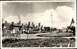 Ak Kloostersingel Kloosterburen Drenthe, Teilansicht vom Ort