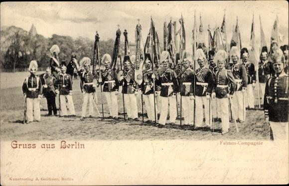 Ak Berlin Mitte, Fahnen Compagnie, Uniform, Parade 0