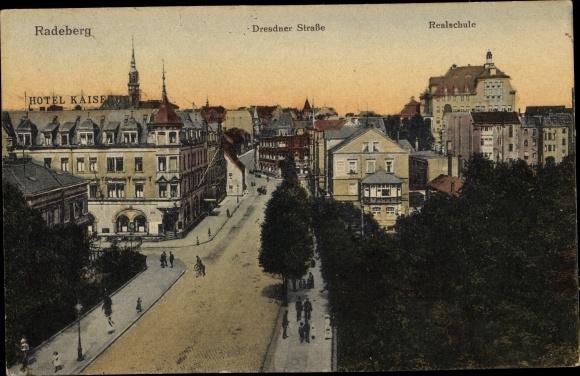 Ak Radeberg Sachsen, Hotel Kaiserhof, Dresdner Straße, Realschule 0