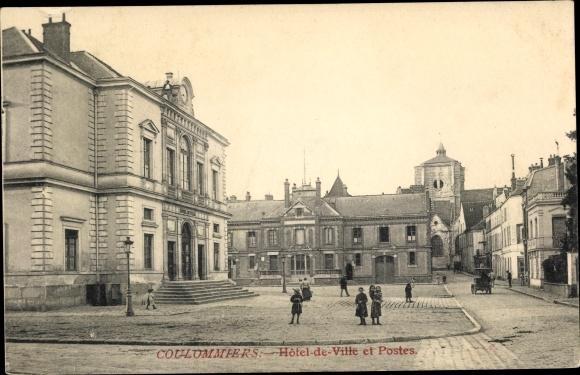 Ak Coulommiers Seine et Marne, Hôtel de Ville et Postes 0