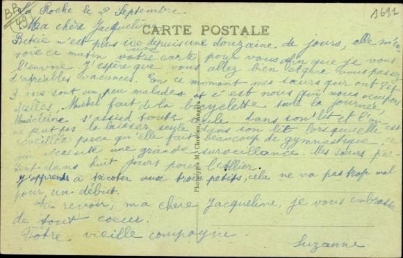 Ak Écuillé Maine et Loire, Le Porche du Chateau de la Roche 1