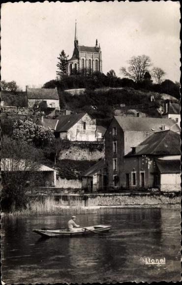 Ak Matheflon Maine et Loire, La Chapelle au Bord du Loir, barque 0