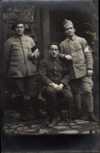 Foto Ak Croix Rouge Francaise, Soldaten