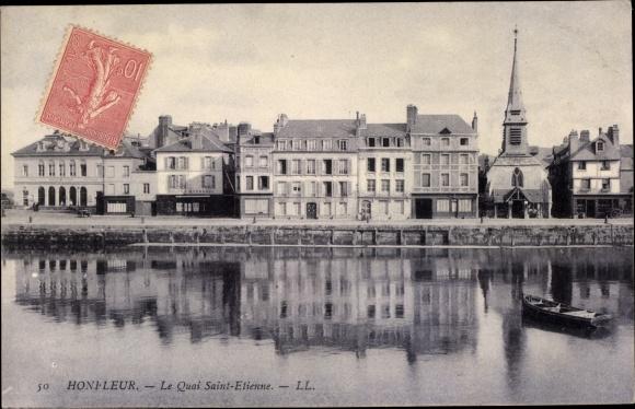 Ak Honfleur Calvados, Le Quai Saint Etienne 0