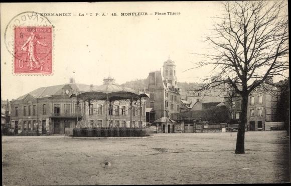 Ak Honfleur Calvados, Place Thiers 0