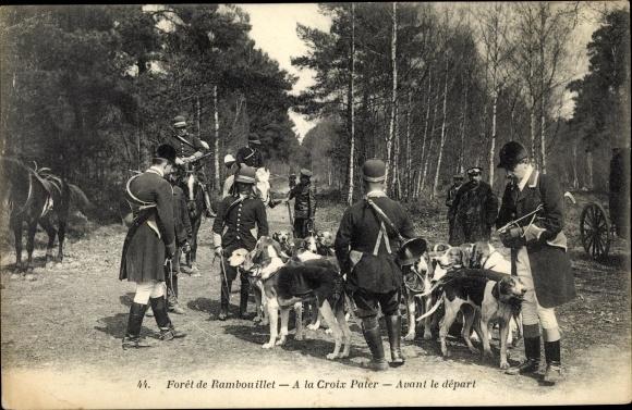 Ak Rambouillet Yvelines, A la Croix Pater, Avant le depart, foret, chasse 0