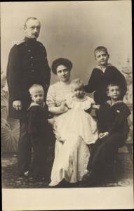 Foto Ak Kronprinz Rupprecht von Bayern mit Familie