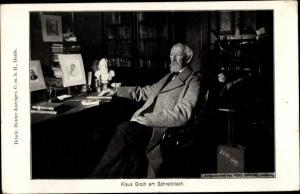 Ak Schriftsteller Klaus Groth am Schreibtisch