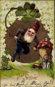 Präge Ak Glückwunsch Neujahr, Zwerg, Klee, Pilze