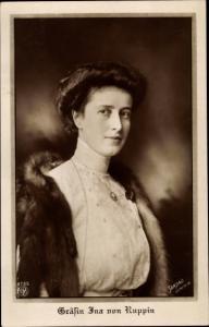 Ak Gräfin Ina von Ruppin, Frau von Prinz Oskar von Preußen, Pelz, NPG 4785