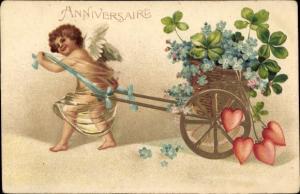 Präge Ak Anniversaire, Engel mit Handwagen, Klee, Herzen, Vergissmeinnicht