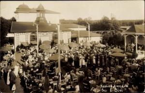 Foto Ak Ostseebad Arendsee Kühlungsborn, Partie am Kasino