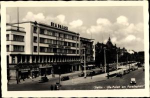 Ak Szczecin Stettin Pommern, UFA Palast am Paradeplatz