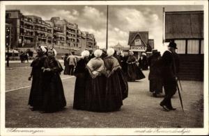 Ak Scheveningen Den Haag Südholland, met de Zonnerdoekjes