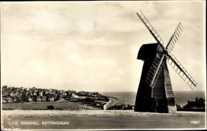 Ak Rottingdean East Sussex, partial view of the village, windmill, close view