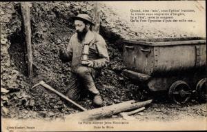Ak Dans la Mine, le Poete Mineur Jules Mousseron, Bergmann mit Grubenlampe