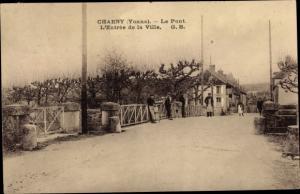 Ak Charny Yonne, Le Pont, L'Entree de la Ville