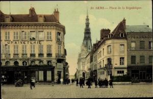 Ak Sens Yonne, Place de la Republique