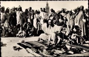 Ak Marrakesch Marokko, Charmeur de Serpents, Schlangenbeschwörer