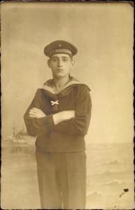 Foto Ak Deutscher Marine Soldat, SMS Derfflinger, Portrait
