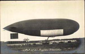 Foto Ak Berlin Treptow Johannisthal, Flugplatz, PL 6, Passagierluftschiff, Zeppelin