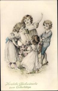 Ak Glückwunsch Geburtstag, Kinder mit Korb voller Rosen