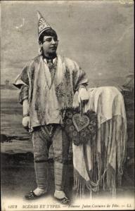 Judaika Ak Poträt Jüdische Frau, festliche Tracht, Hut, Fächer