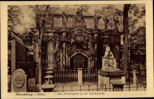 Ak Jelenia Góra Hirschberg Riesengebirge Schlesien, Alte Familiengruft an der Gnadenkirche
