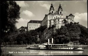 Ak Melk Niederösterreich, Salondampfer Aschach, Benediktinerstift