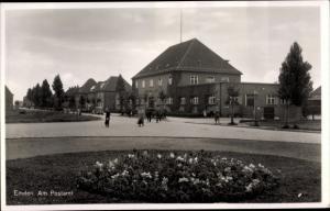 Ak Emden in Ostfriesland, Am Postamt