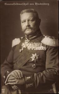 Ak Generaloberst Paul von Hindenburg, NPG 4920, Orden und Abzeichen