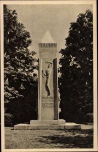 Ak Dortmund im Ruhrgebiet, Ehrenmal auf dem südwestlichen Kriegerfriedhof