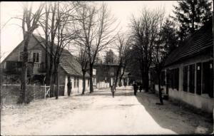 Ak Neuglobsow Stechlin Brandenburg, Straßenpartie mit Bauernhäuser