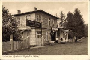 Ak Neuglobsow Stechlin Brandenburg, Hotel Seeterrasse, Außenansicht mit Restaurant, Auto-Einfahrt