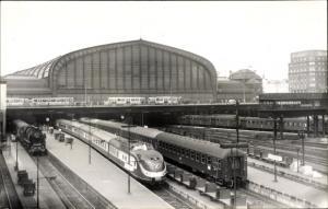 Foto Ak Hamburg Hauptbahnhof, Dampflokomotive, Personenzüge