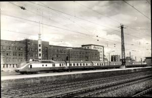 Foto Ak Essen im Ruhrgebiet, Hauptbahnhof, Trans Europ Express Parsifal, Strecke Paris Hamburg