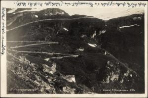 Ak Geiranger Norwegen, Landschaft mit Serpentinenstraße