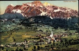 Ak Cortina d'Ampezzo Veneto, Tofane im Hintergrund