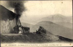 Ak Auvergne, Le Chemin de fer du Puy de Dome, au Grand Rocher et les Domes Sud, Dampflok