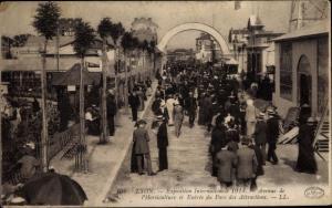Ak Lyon Rhône, Exposition Internationale 1914, Avenue de l´Horticulture et Entree du Parc