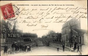 Ak Courbevoie Hauts de Seine, Pont du Chemin de Fer de la Rue de Colombes