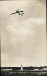 Ak Pilot Pegoud im Kunstflugzeug, Monoplan, Sanke 32