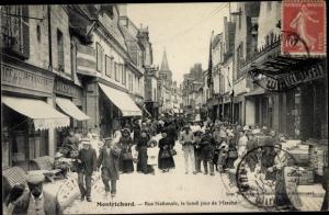 Ak Montrichard Loir et Cher, Rue Nationale le Lundi, Jour du Marché