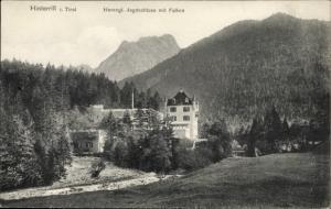 Ak Hinterriß Vomp in Tirol, Jagdschloss mit Falken