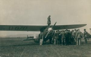 Foto Udet U8 Flugzeug D-670, Pilot Udet, Flugfeld Dresden Koschitz 1925